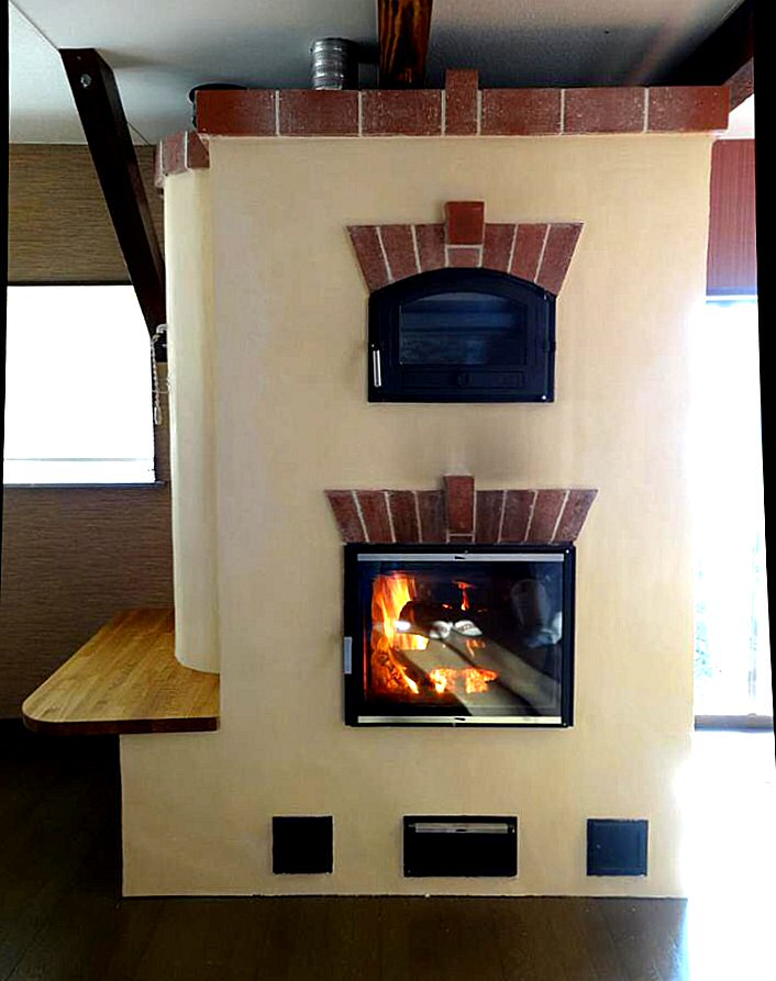 Contraflow masonry heater in Japan